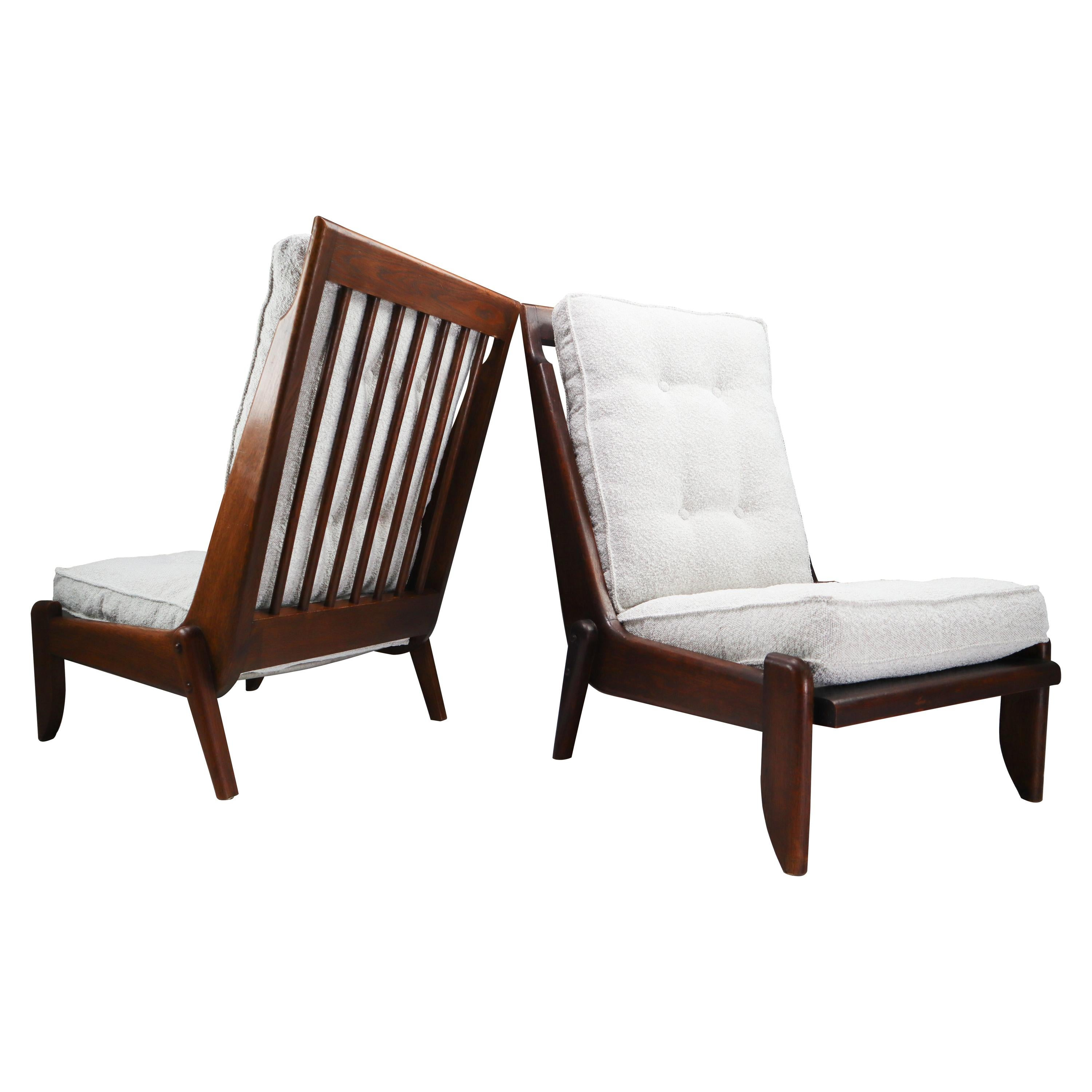 Guillerme et Chambron Pair Lounge Chairs in Oak and bouclé fabric, France, 1950s