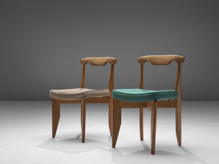 French Guillerme et Chambron Set of Eight Dining Chairs in Oak For Sale