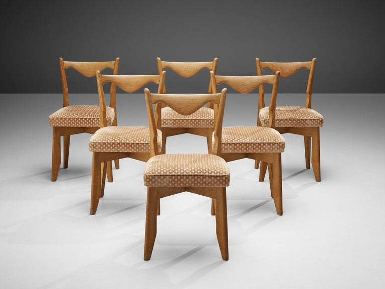 Guillerme et Chambron Set of Six Dining Chairs in Oak In Good Condition For Sale In Waalwijk, NL