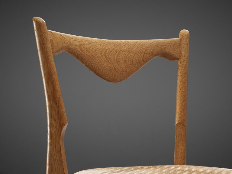 Mid-20th Century Guillerme et Chambron Set of Six Dining Chairs in Oak For Sale