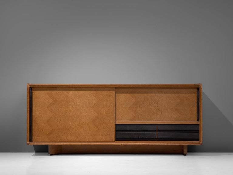 Mid-Century Modern Guillerme et Chambron Sideboard in Oak with Sliding Doors For Sale