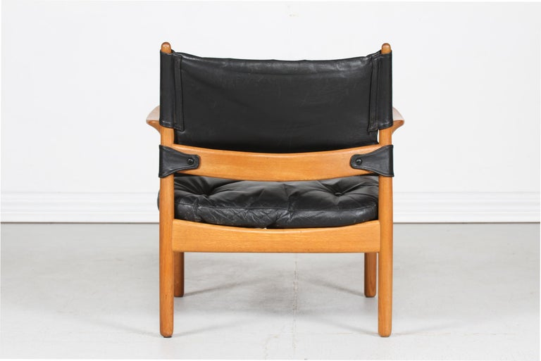 Gunnar Myrstrand Easy Chair of Oak and Black Leather by Källemo, Sweden In Good Condition In Aarhus C, DK
