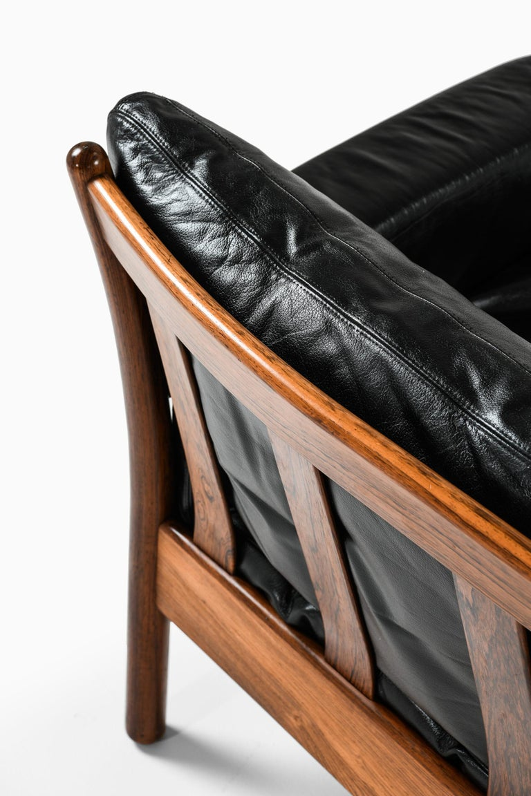 Gunnar Myrstrand Sofa Produced by Källemo in Sweden For Sale 4