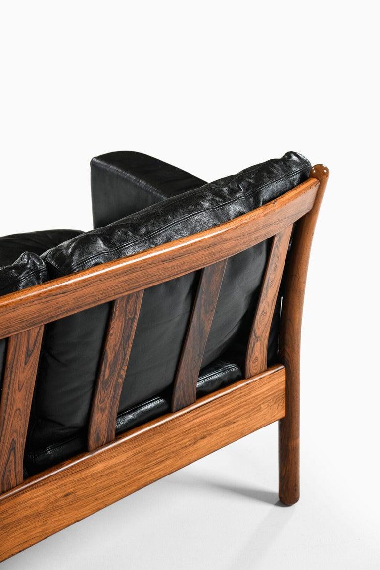Gunnar Myrstrand Sofa Produced by Källemo in Sweden For Sale 1