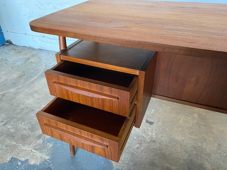 Gunnar Nelson Tibergaard, Lady Desk 1960s in Teak For Sale 4