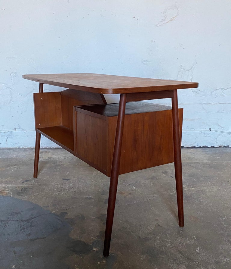 Hand-Crafted Gunnar Nelson Tibergaard, Lady Desk 1960s in Teak For Sale