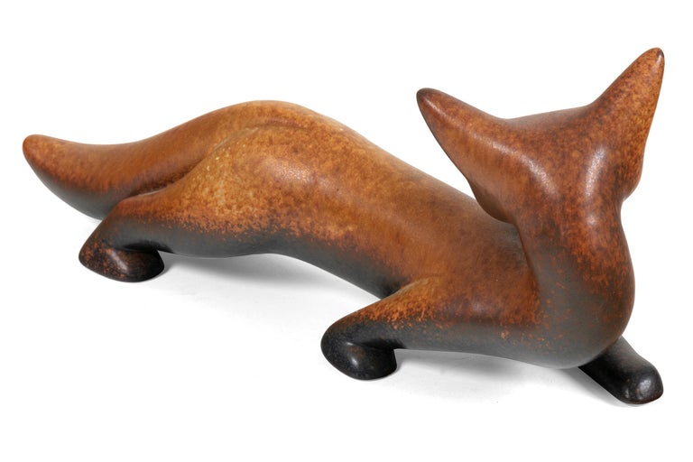 Swedish Gunnar Nylund Signed Brown Stoneware Fox for Rorstrand, Sweden, 1960s For Sale