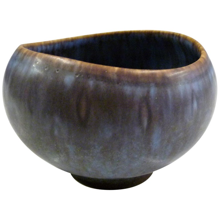 Gunnar Nylund Swedish Modern Bowl for Rorstrand, Sweden, 1950s For Sale