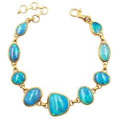 Gurhan 22-24 Karat Hammered Yellow Gold Cabochon Australian Opal Bracelet
