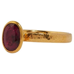 Gurhan 22-24 Karat Hammered Yellow Gold Faceted Pink Tourmaline Ring