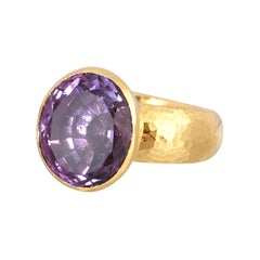 GURHAN 24 Karat Hammered Yellow Gold Faceted Amethyst Cocktail Ring