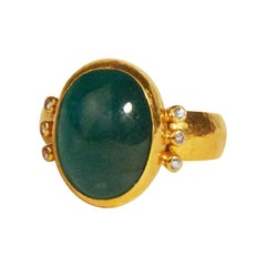 GURHAN 24 Karat Hammered Yellow Gold Cabochon Emerald and Diamond Cocktail Ring