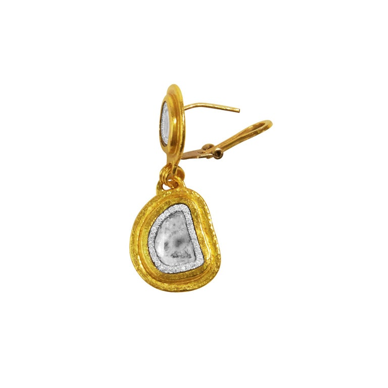 24 Karat Hammered Gold Double Drop and Diamond Slice Clip Post Earring In New Condition For Sale In New York, NY