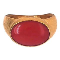 Gurhan Yellow Gold and Oval Coral Ring