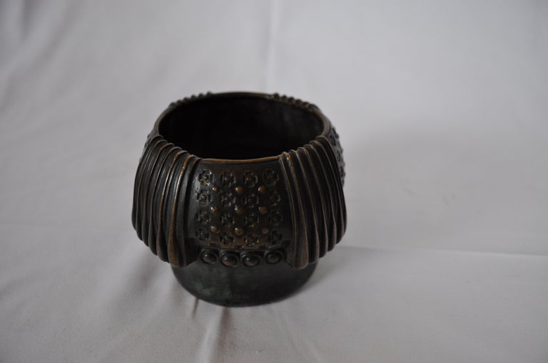 Gustav Gurschner Vienna Secession bronze vase. Vase signed by the artist.