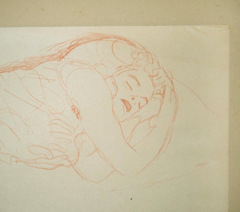 """Sleeping Woman is a vintage, beautiful, and rare collotype from """"Gustav Klimt: Fünfundzwanzig Handzeichnungen"""", a limited-edition collection of 25 monochrome and two-tone collotypes after drawings by Gustav Klimt.  Published by Gilhofer and"""