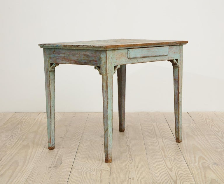 Gustavian 18th Century Table with Faux Marble-Top Center Drawer, Origin Sweden For Sale 2