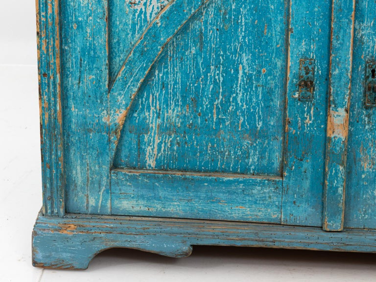 Gustavian Chalk Blue Painted Two-Door Cabinet In Good Condition For Sale In Stamford, CT