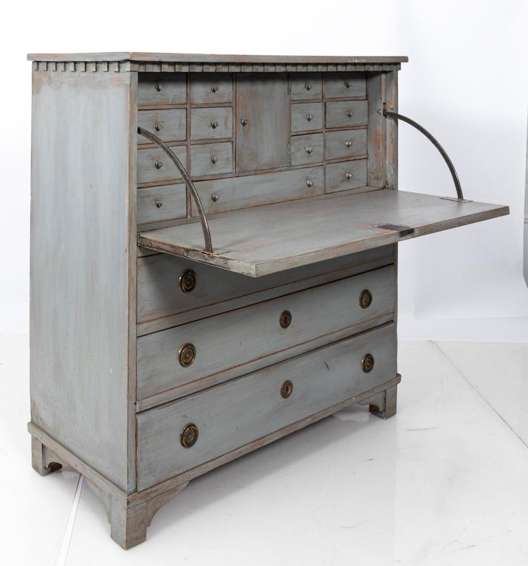 Gustavian Gray Painted Writing Bureau For Sale 4