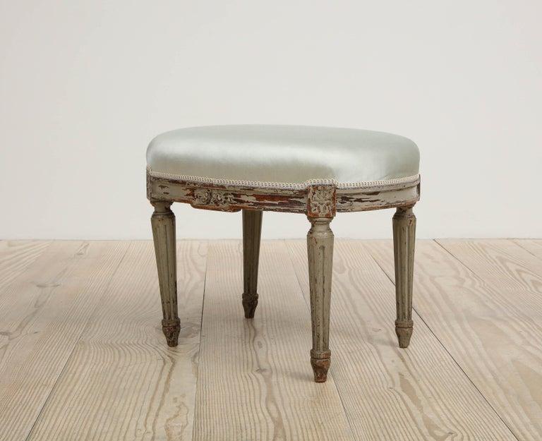 Gustavian Oval Stool, Origin, Sweden, circa 1800 For Sale 2