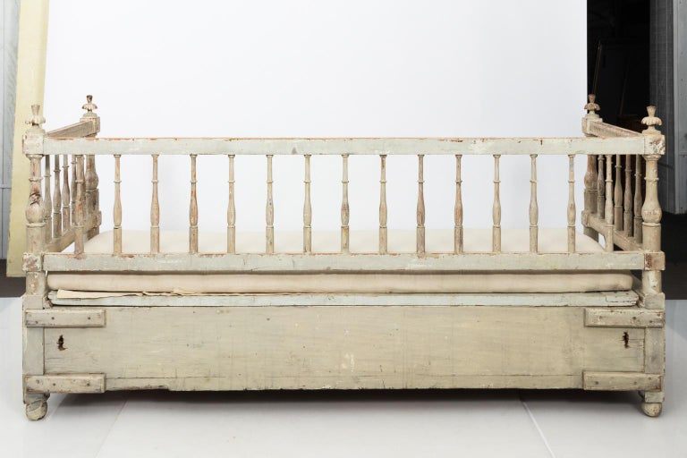 Gustavian Painted Sofa, circa 1790s For Sale 2