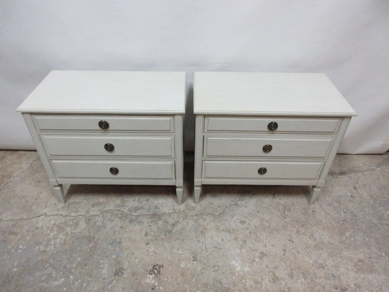 This is a set of 2 Gustavian style 3-drawer chest, they have been restored and repainted with milk paints