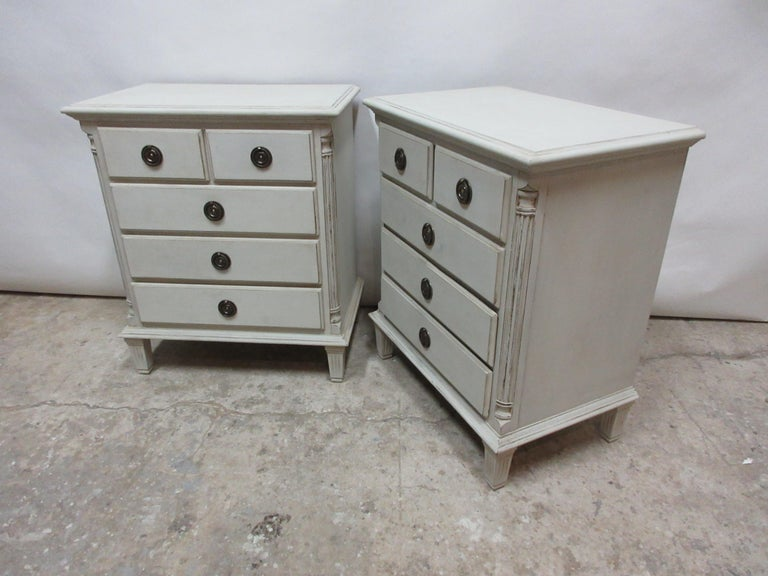 Gustavian Style 5-Drawer Nightstands In Distressed Condition For Sale In Hollywood, FL