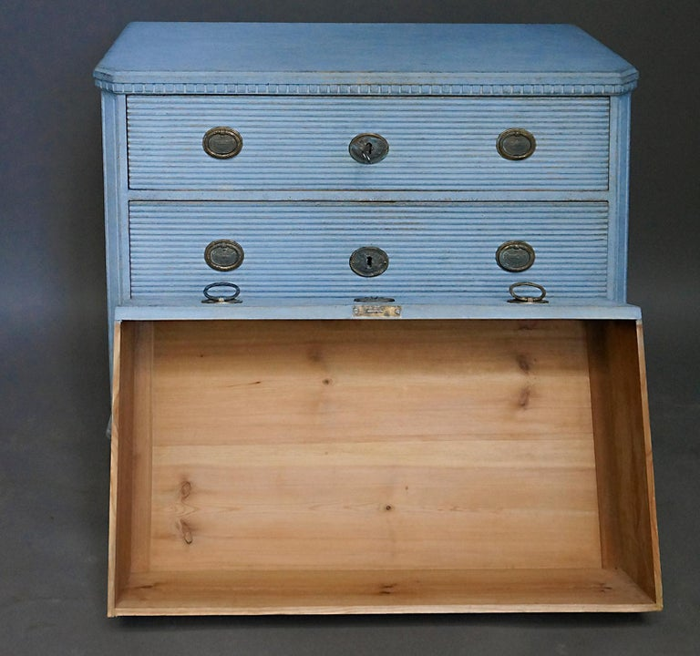 Swedish Gustavian Style Chest of Drawers in Blue Paint For Sale