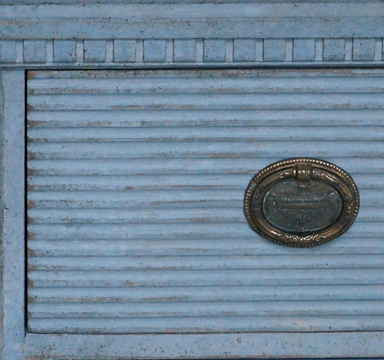 Gustavian Style Chest of Drawers in Blue Paint In Good Condition For Sale In Sheffield, MA