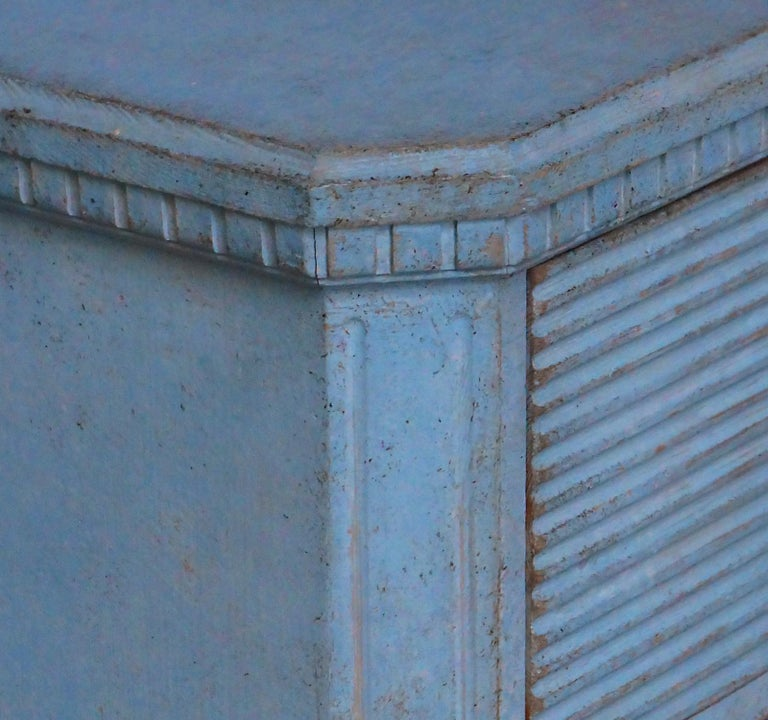 Wood Gustavian Style Chest of Drawers in Blue Paint For Sale