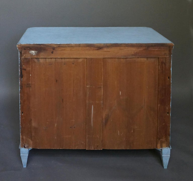 Gustavian Style Chest of Drawers in Blue Paint For Sale 2