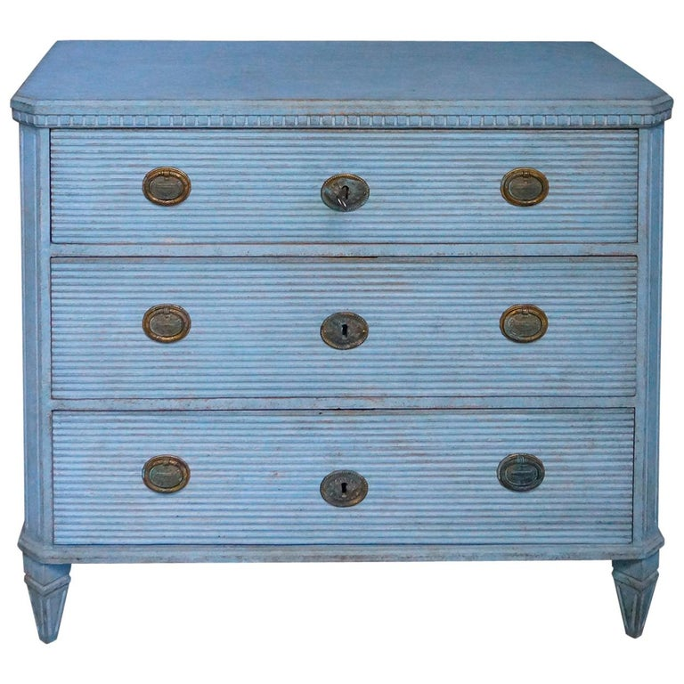 Gustavian Style Chest of Drawers in Blue Paint For Sale