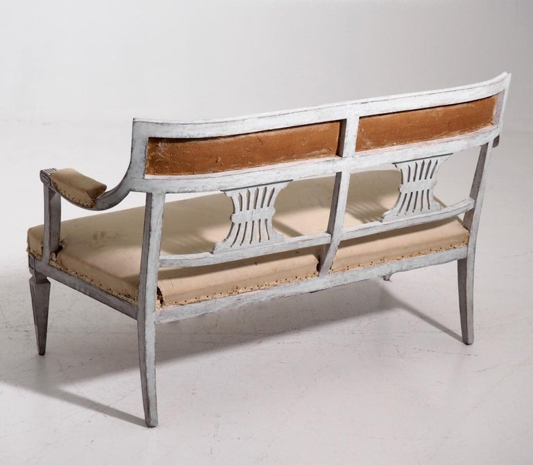 Gustavian style freestanding bench, 19th C. For Sale 1