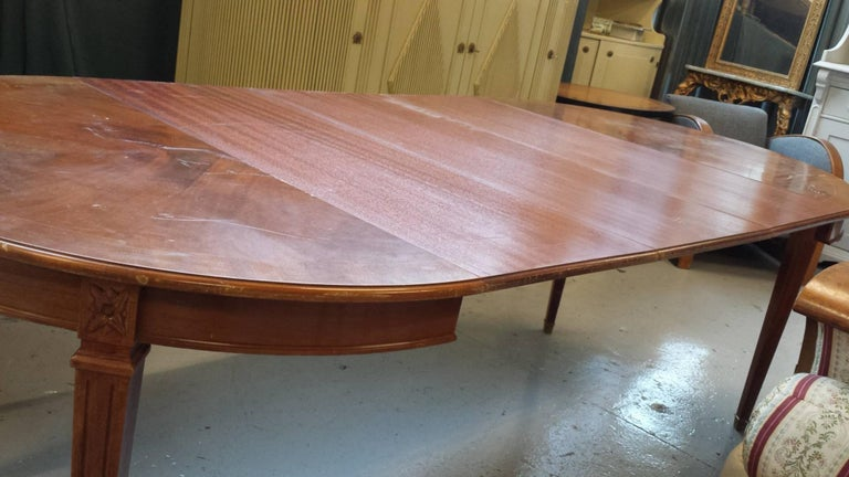 Gustavian Swedish Extendable Dining Table Mahogany, Early 20th Century In Good Condition For Sale In LONDON, GB
