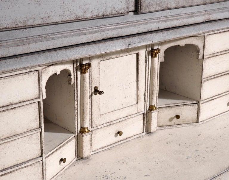 Gustavian two-parts bureau, circa 1780 For Sale 3