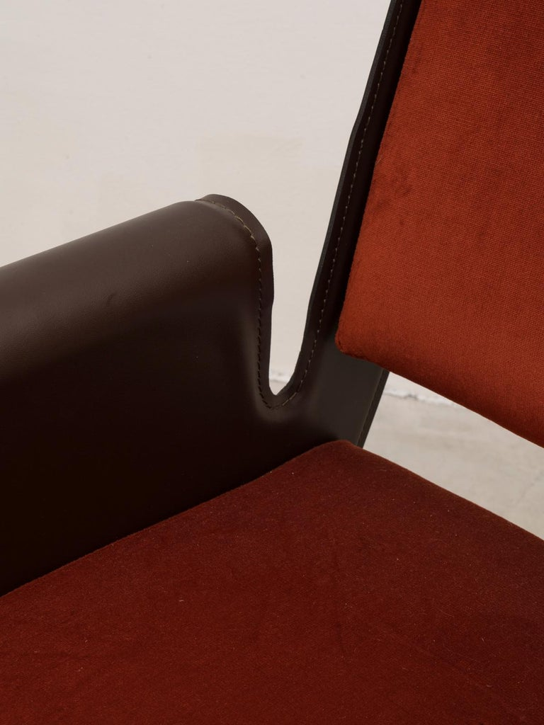 Mid-20th Century Gustavo Pulitzer Pair of Velvet and Leather Albenga Armchairs for Arflex, 1955 For Sale