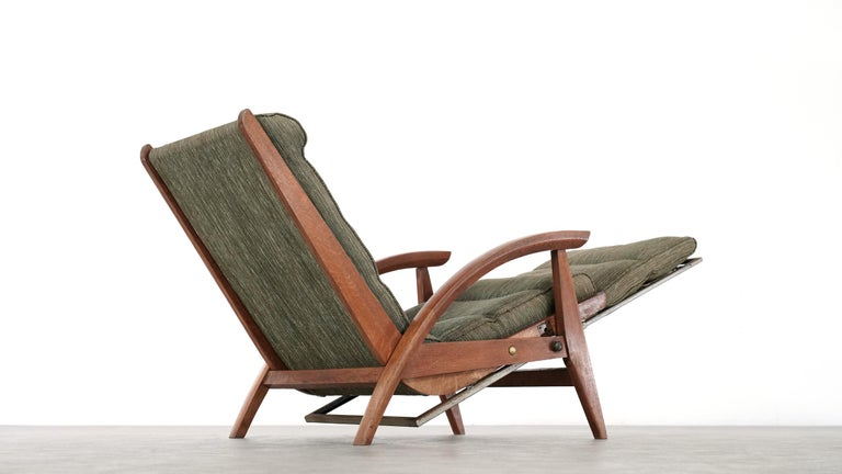 very rare Guy Besnard reclining lounge chair, which was designed in 1954 for the company Free Span in france.  it is the model FS 134. if you unlock the inner frame at the side (see photos), it will move into the lounge position - in addition, you