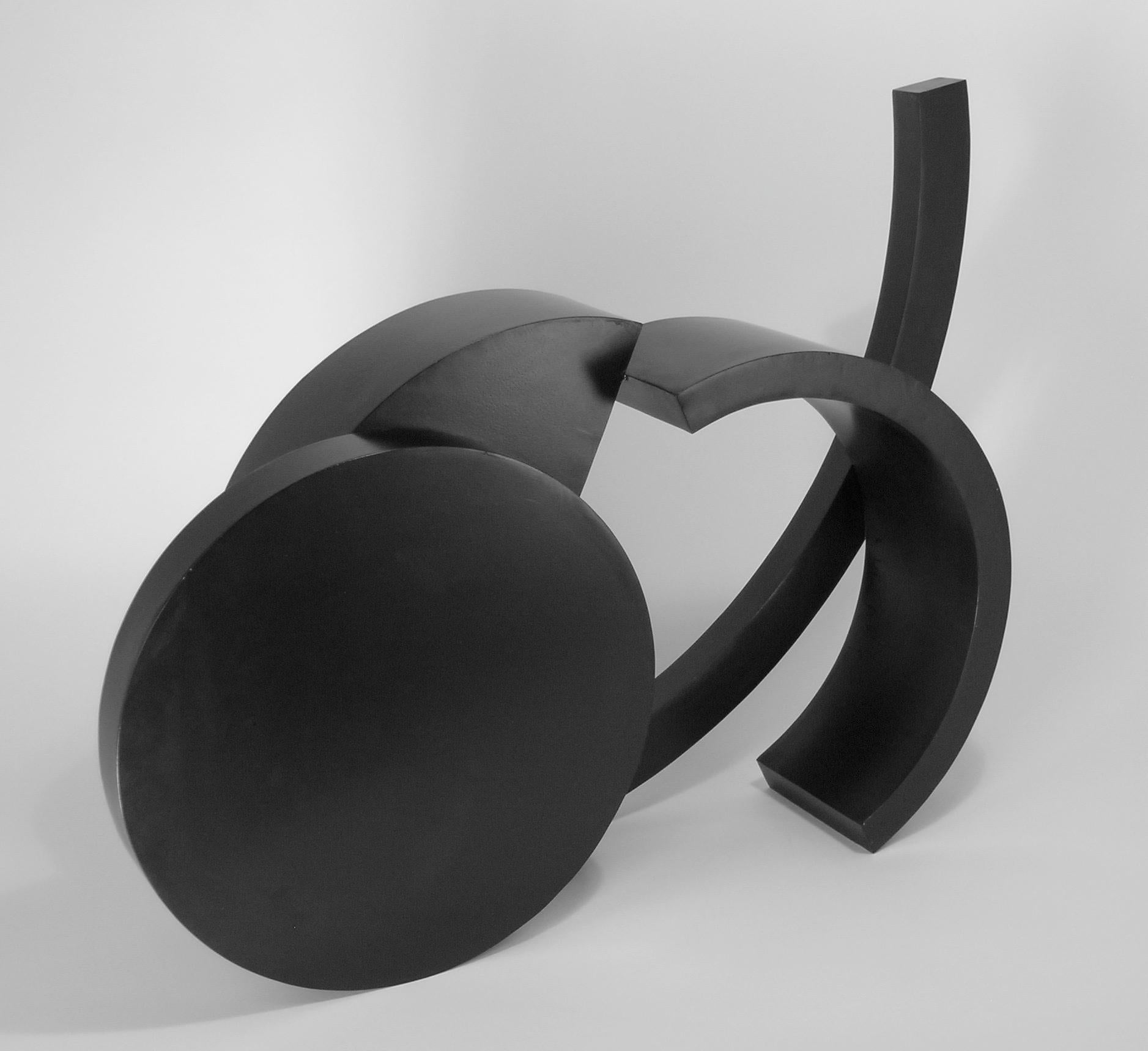 Small Ooidonk, abstract steel sculpture, black patina, geometric, indoor,outdoor