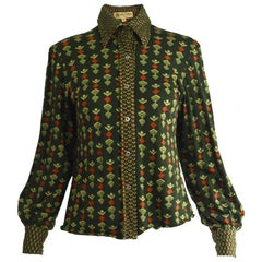 Guy Laroche 1970s Green Italian Wool Knit Vintage Dagger Collar Blouse