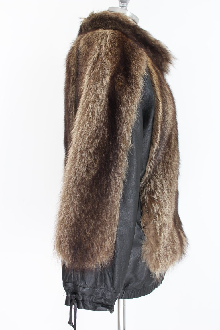 Guy Laroche Black Leather Fox Fur Bomber Jacket  In Excellent Condition For Sale In Brindisi, Bt