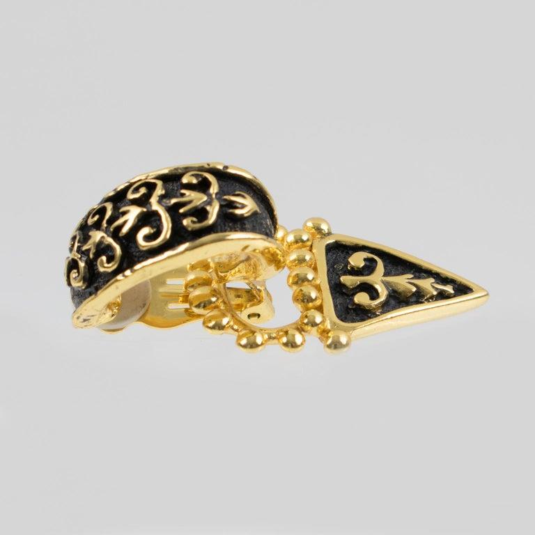 Guy Laroche Dangle Black Enamel Clip Earrings For Sale 1