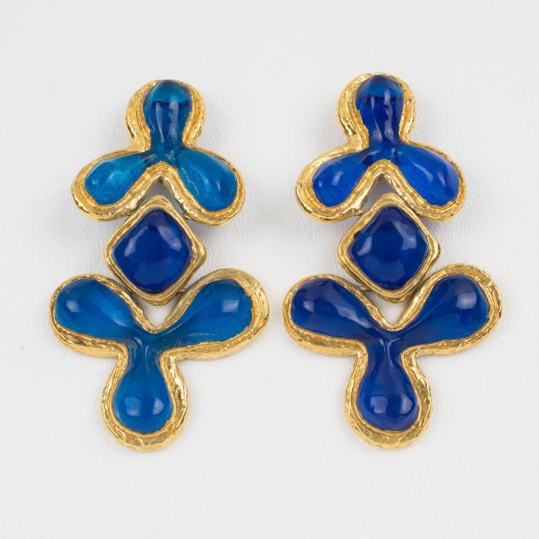 Guy Laroche Dangle Gilt Metal Clip Earrings Cobalt Blue Resin In Excellent Condition In Atlanta, GA