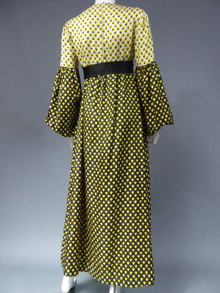 Guy Laroche Long printed silk Dress, Circa 1970 For Sale 3