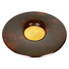 Guzzini Round Centerpiece Plate Faux Tortoiseshell Lucite & Brass, Italy, 1970s