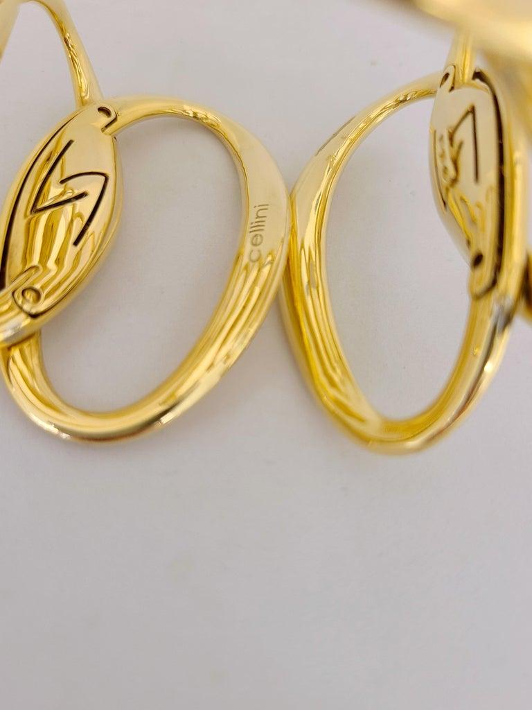 Modern G.Verdi for Cellini 18kt Yellow Gold, 8.27ct, Diamond Wide Cuff Bracelet For Sale