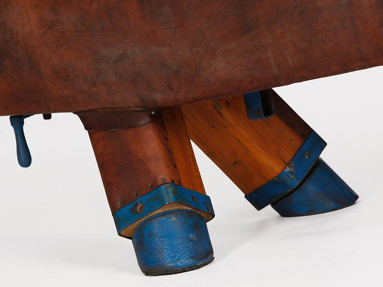 Gymnastic Leather Pommel Horse Bench, 1920s In Good Condition For Sale In Wien, AT