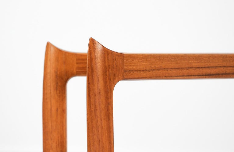 H. Engholm & Svend Åge Willumsen Folding Tray Table for Fritz Hansen For Sale 2