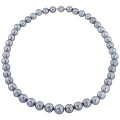 H & H Tahitian Pearl Necklace