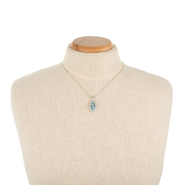 H Stern 4.40 Carat Aquamarine Diamond Halo White Gold Pendant Necklace For Sale 1
