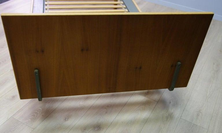 H. Wegner Brown Bed 1960s Ash Vintage Danish Design For Sale 3